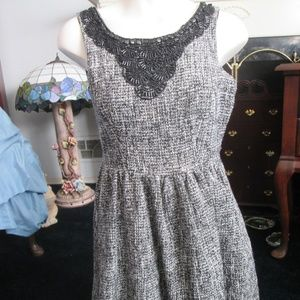 Gracia - Grey and White Tweed Dress Size Medium